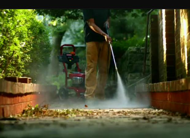 Pressure washer for the dirtiest outdoor jobs