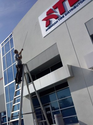 Tampa Pressure Washing Commercial Building - Staff picture