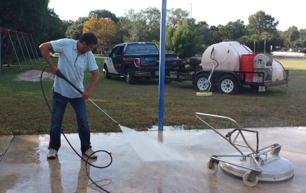 DPI Pressure Washing cleaning up a basketball court at Los Caminos Head Start Center, Clearwater