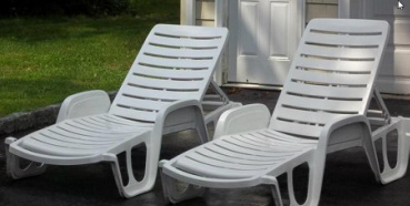cleaning your garden furniture