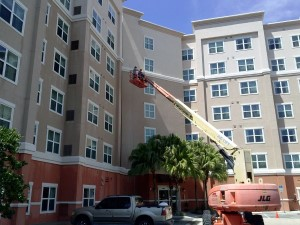 Tampa Pressure Washing Commercial Building Exterior - After picture